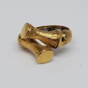 Vintage 1970s Avon Bamboo Goldtone Ring